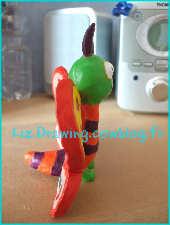 http://liz.drawing.cowblog.fr/images/dessinspublies/DSCF4516.jpg